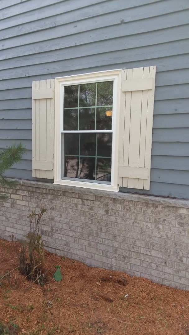 Franklin, WI - 8 double hung windows