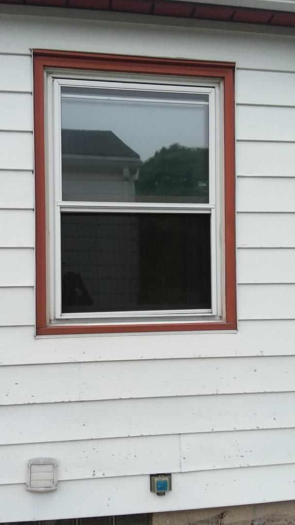 West Allis, WI - Ten windows pocket install with aluminum trim