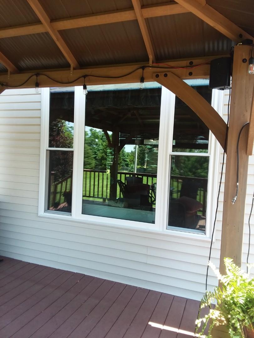 Burlington, WI - 10 new windows and a new patio door