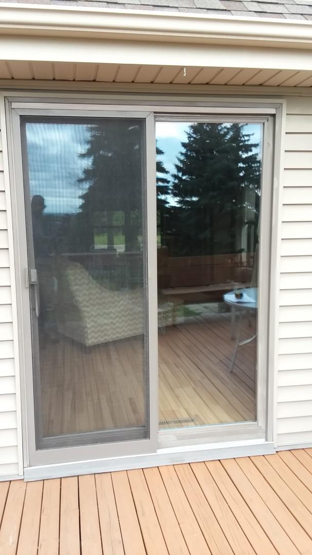 West Bend, WI - Patio door with aluminum trim and no woodwork