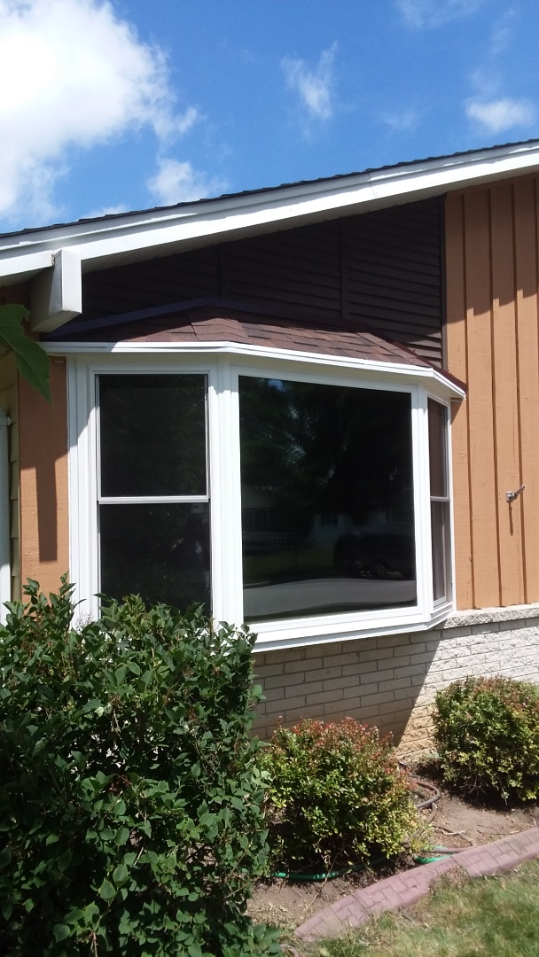 Greenfield, WI - Bay window with new roof