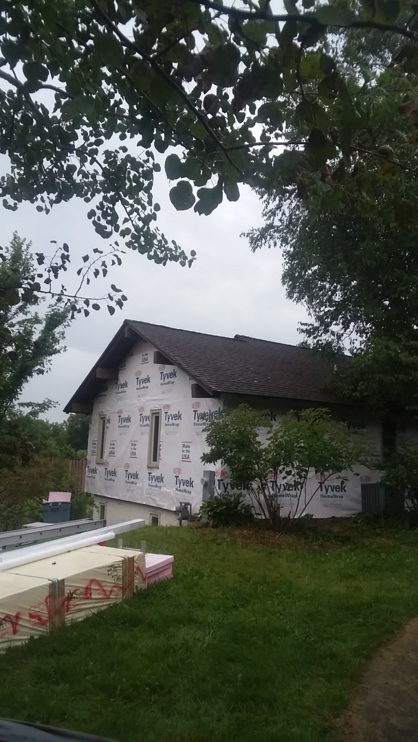 Sussex, WI - Continuing prepping house for siding