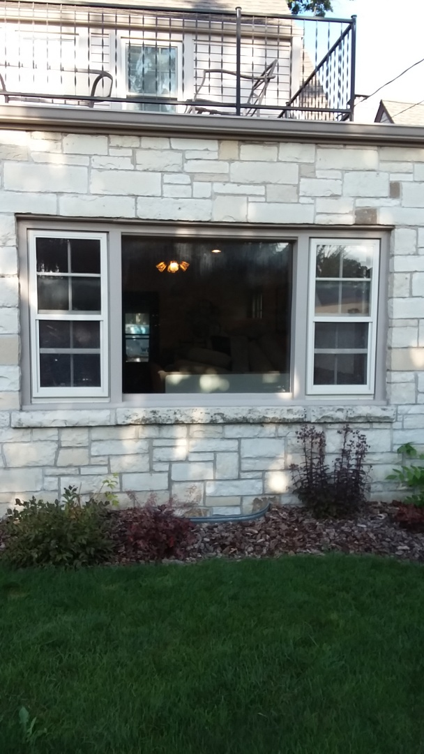 Milwaukee, WI - Twos windows full frame with woodwork and aluminum trim.