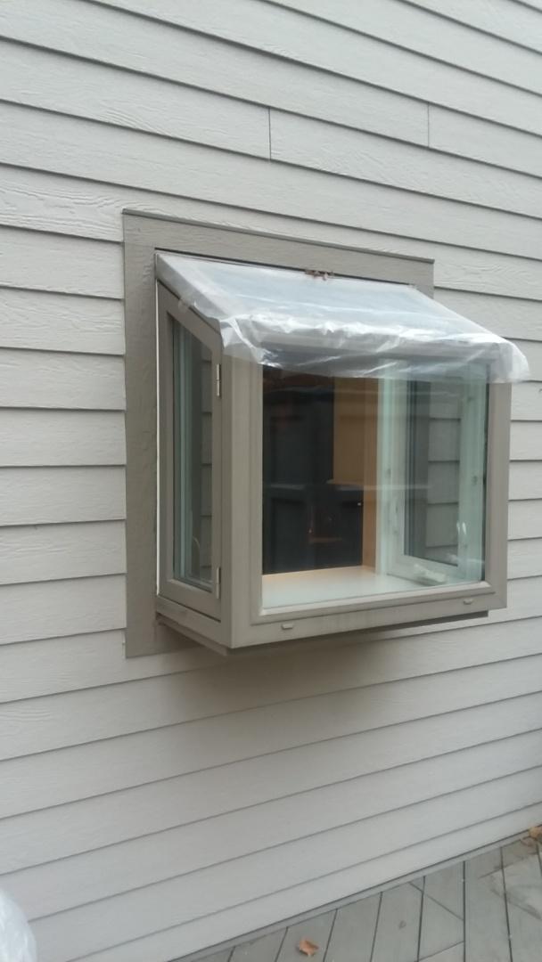 Waukesha, WI - Service; replacing a garden window