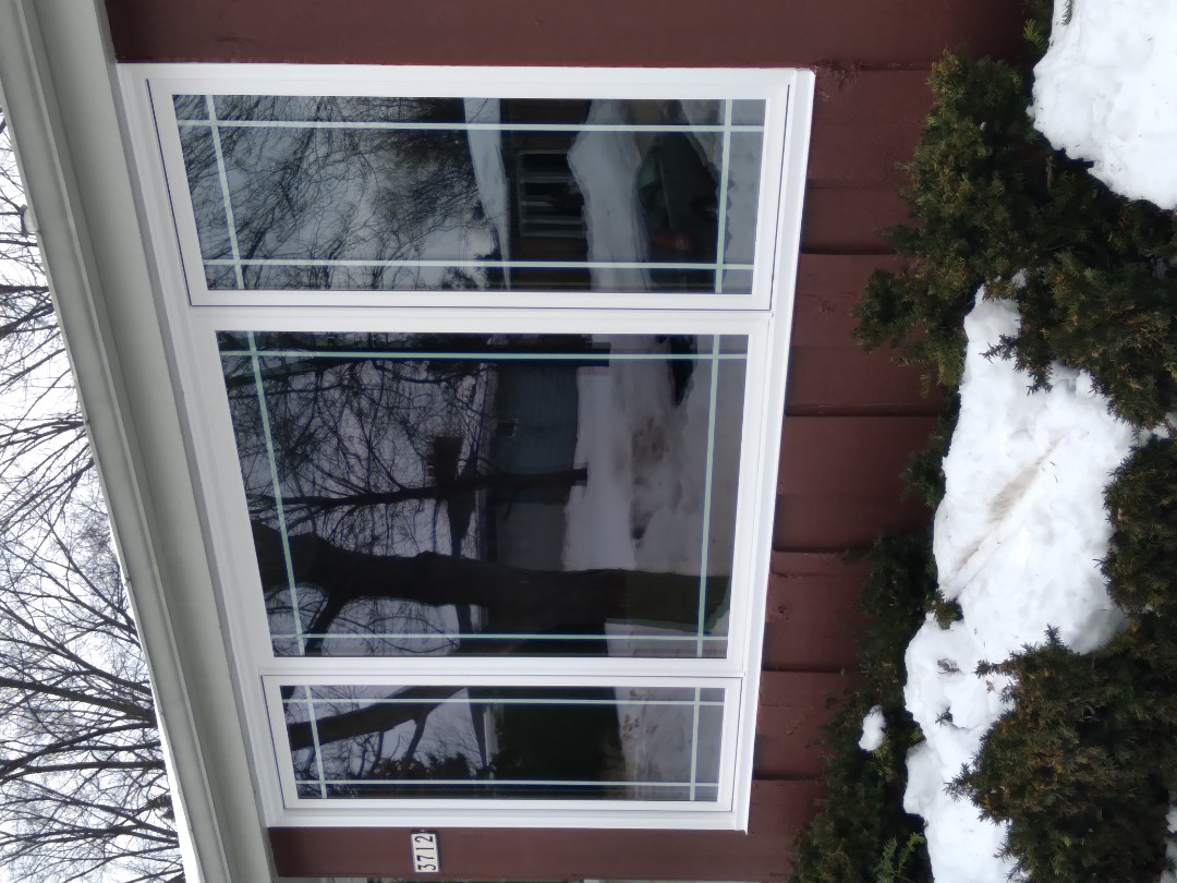 Greenfield, WI - One window full frame with woodwork and vinyl brickmold