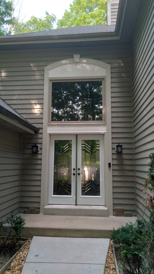 Greenfield, WI - Transom over entry door
