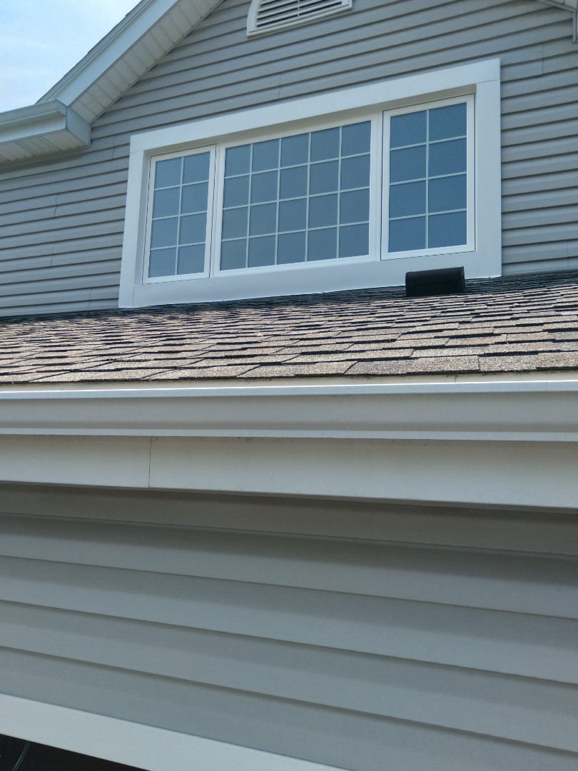 Franklin, WI - One window pocket install with stops and aluminum trim