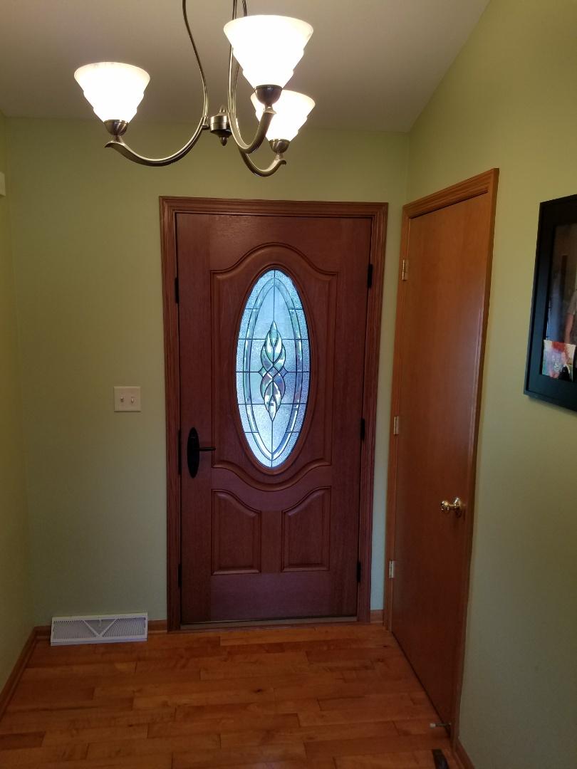 Oak Creek, WI - Twin Double Hung Window, Entry Door and Patio Door