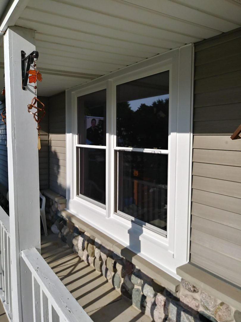 Menomonee Falls, WI - 4 Double Hung Windows