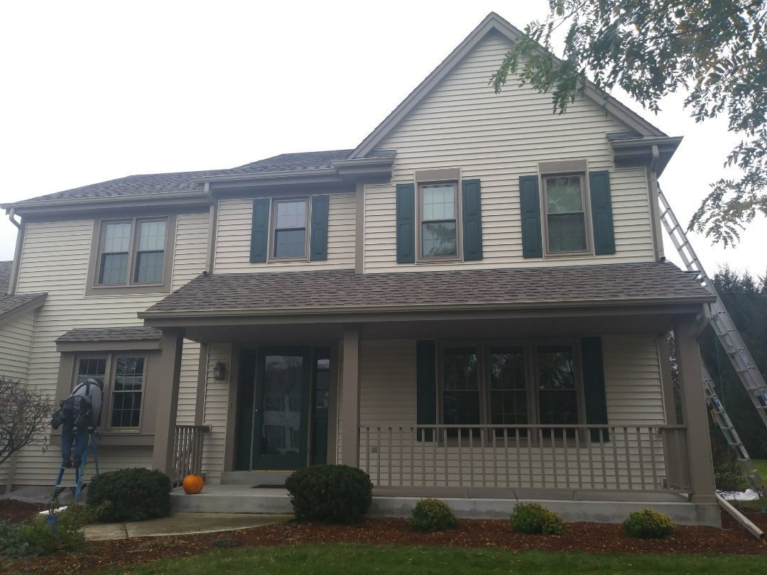 Sussex, WI - This Sussex home just got 22 new windows!