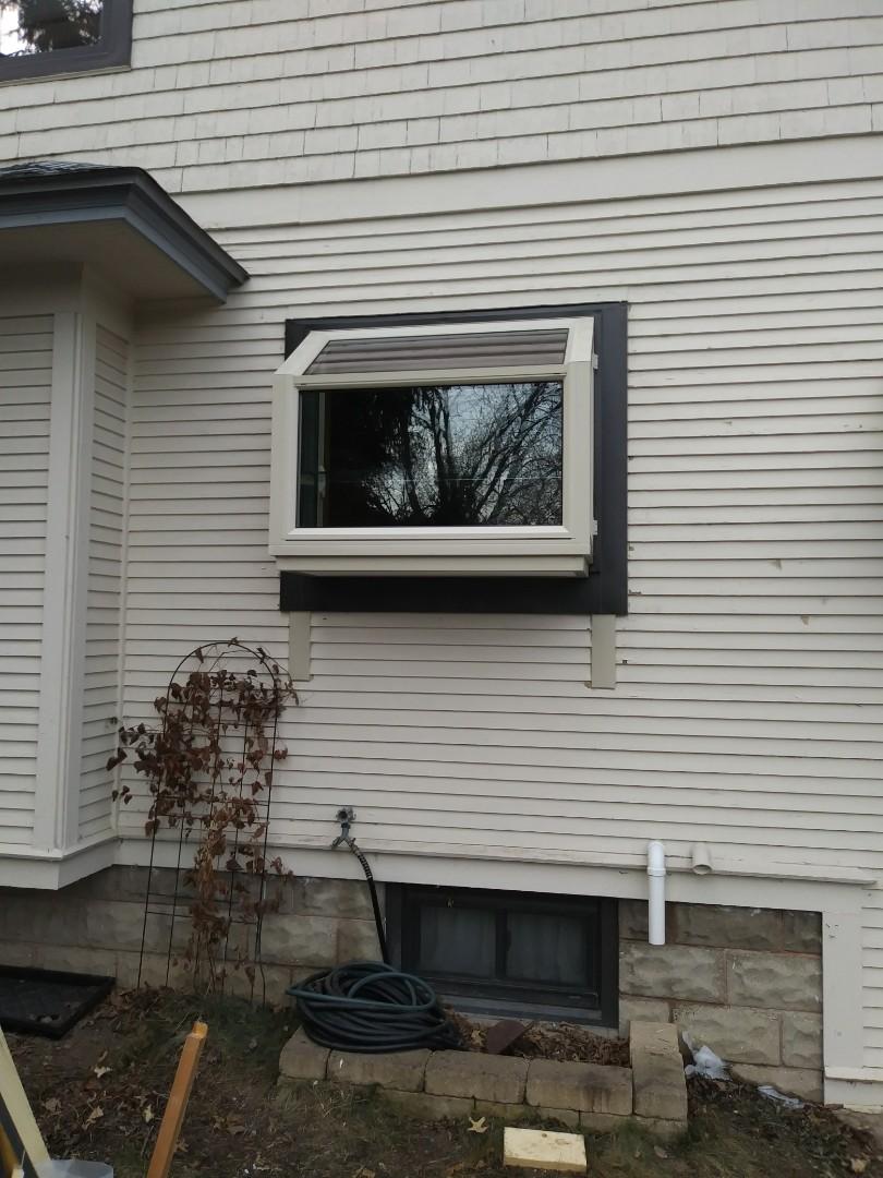 Hales Corners, WI - Garden Window