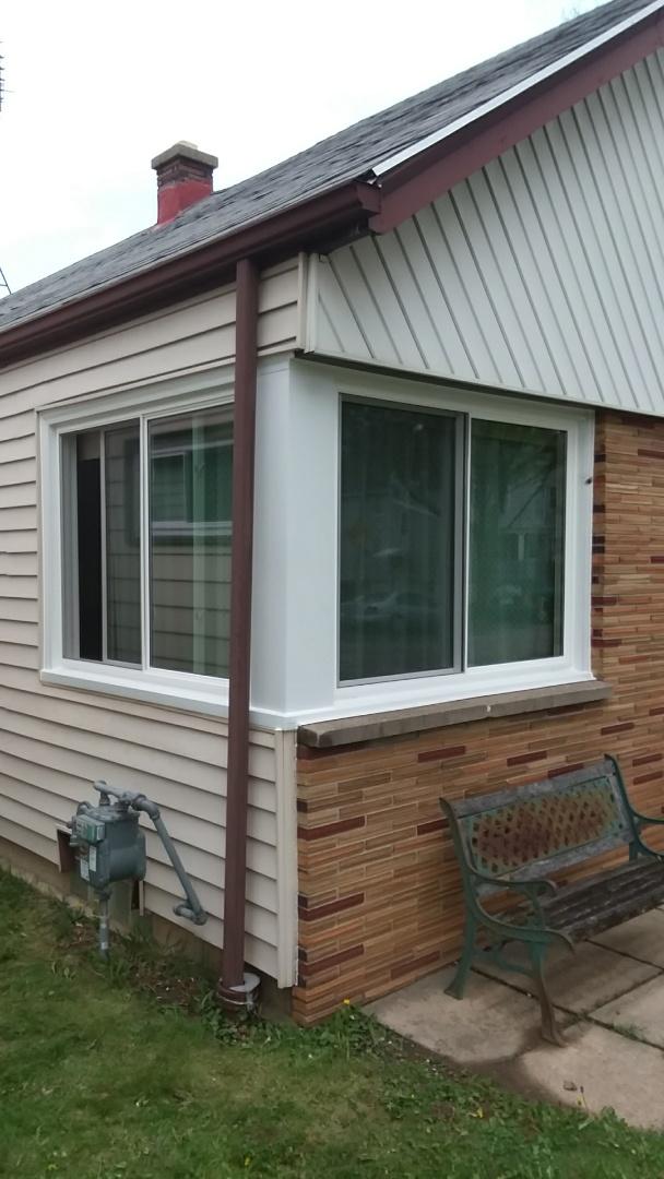 Milwaukee, WI - 10 pocket windows, Day 3