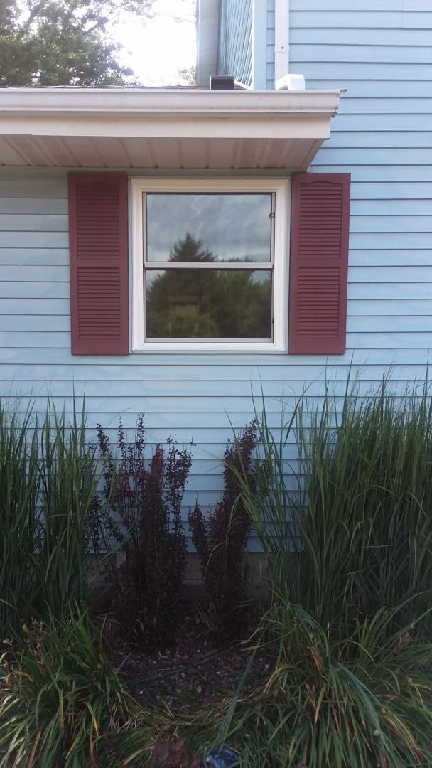 West Bend, WI - 5 full frame windows