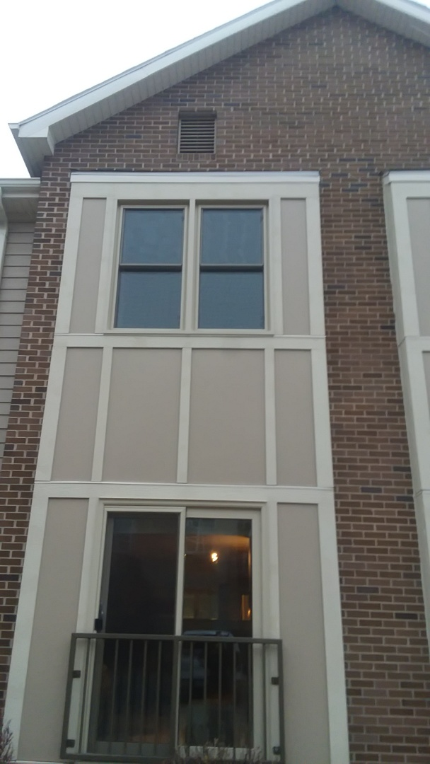 West Bend, WI - Installing 7 pocket windows and 2 patio doors