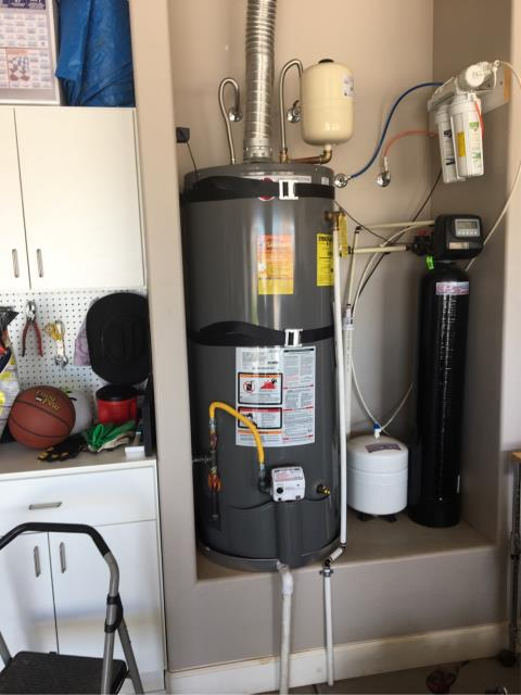 Washington, UT - Brand new shiny water heater :)