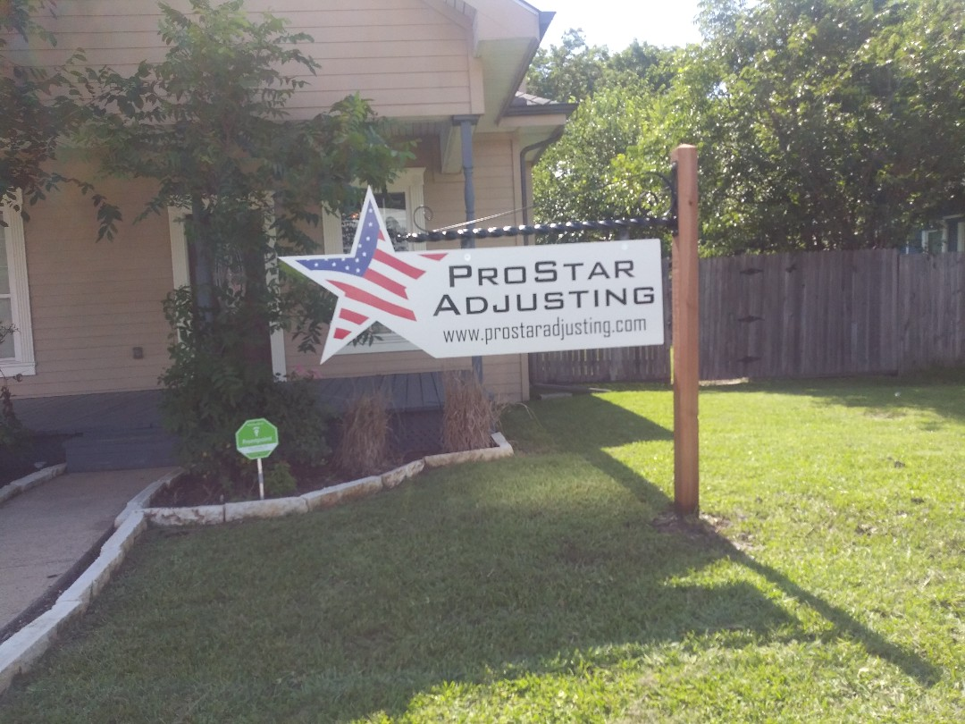 Wylie, TX - Installed flag style sign with custom bracket here