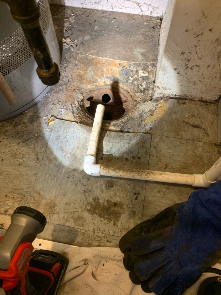 Elgin, IL - Drain cleaning due to grease buildup.