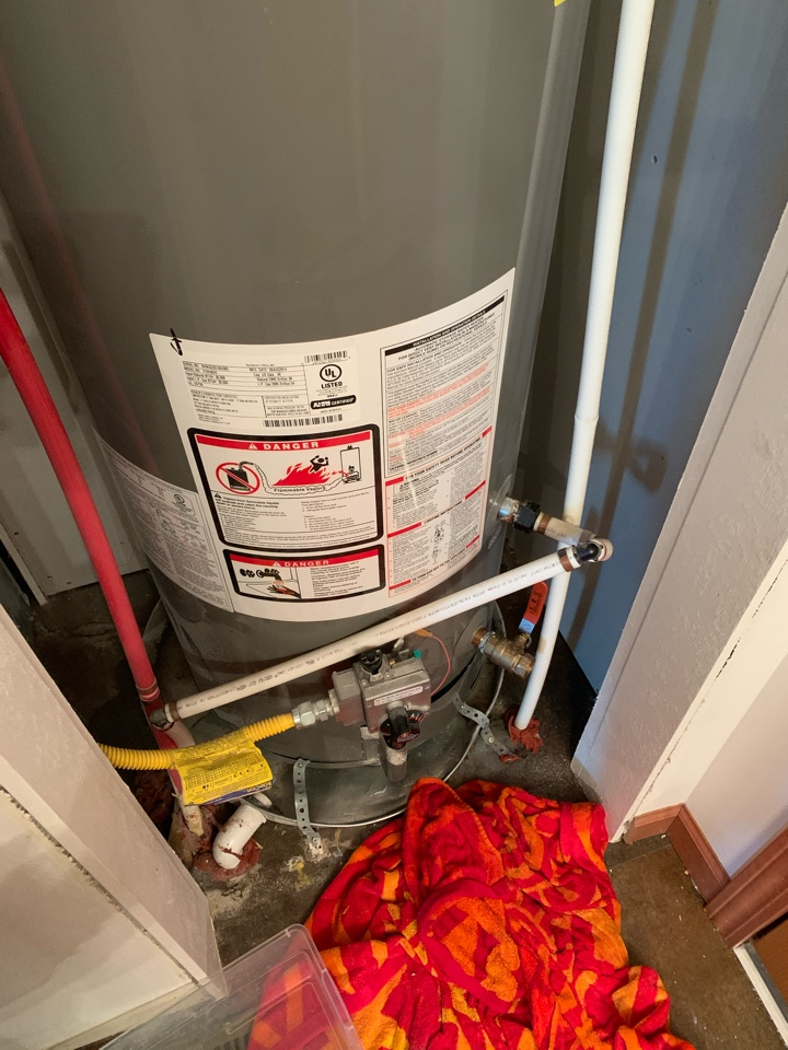 Elgin, IL - Water heater repair