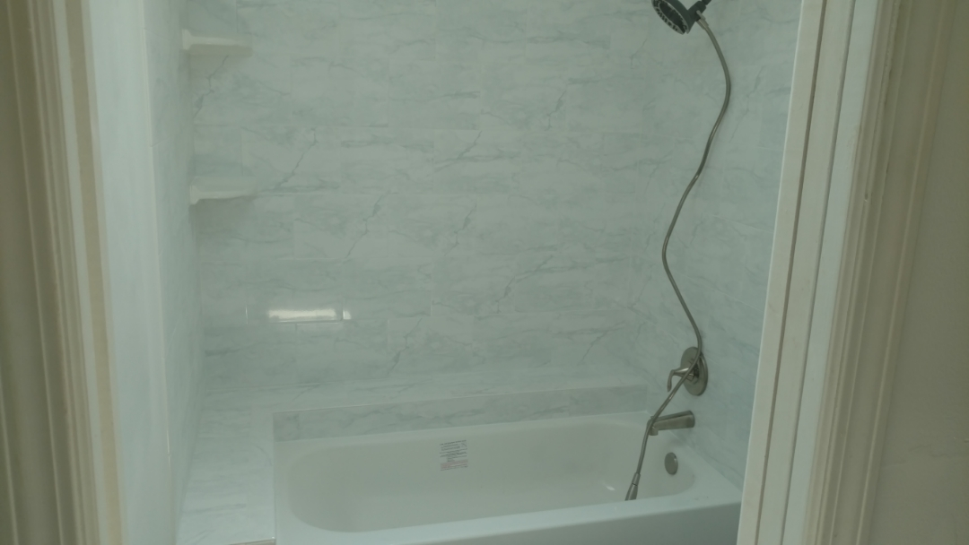 Bloomingdale, IL - Remodel bathtub and tile enclosure.