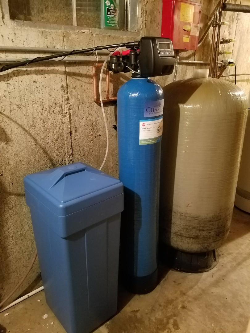 Elgin, IL - Replaced a failing water softener to improve the quality of water to the home.
