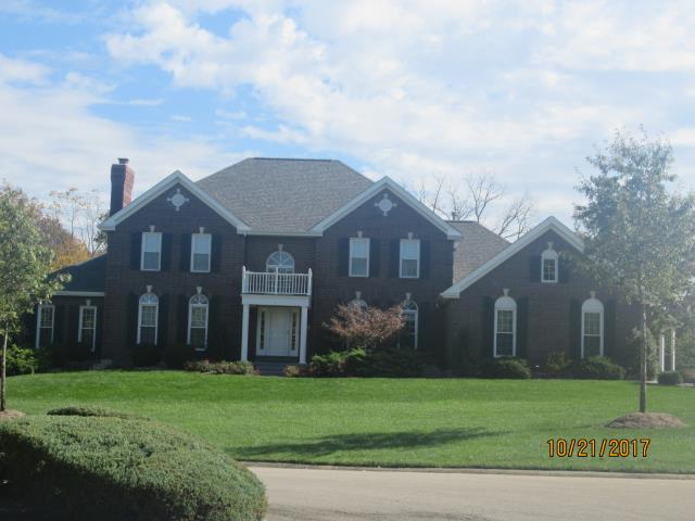 Weldon Spring, MO - EBS installed a new Architectural Shingle Roof, new seamless gutters and replaced damaged Fascia Wrap.
