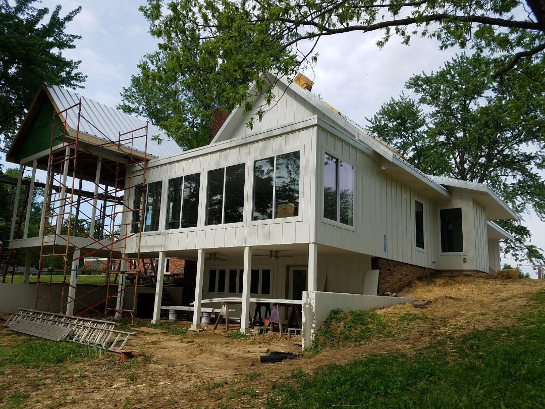 Edwardsville, IL - EBS installed A Gray colored Weatherbond TPO membrane roof on the rear dining Tom of this Lake Home.