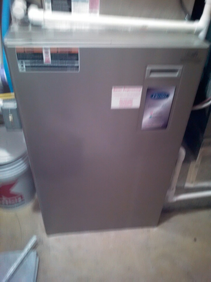 Crofton, MD - Carrier heating & air conditioning system maintenance tune up repair service call in Crofton Maryland.