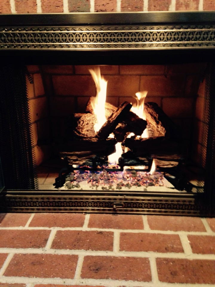 Crofton, MD - Gas fireplace log set replacement installation service call in Crofton Maryland.