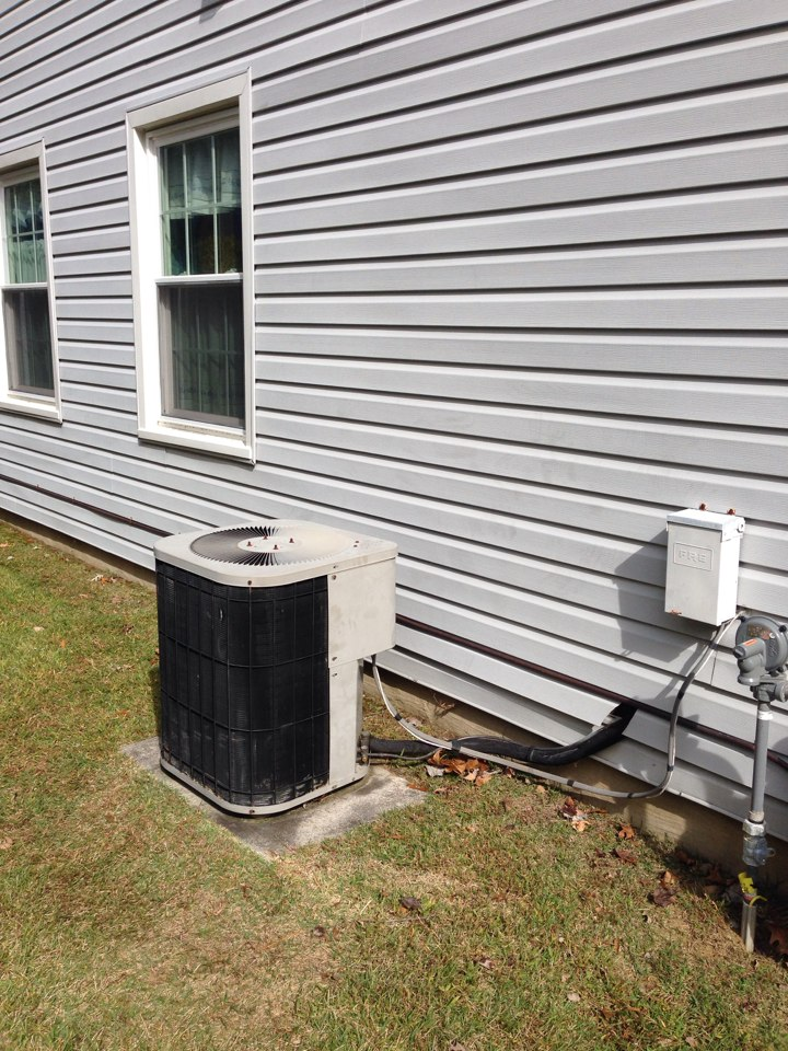 Crofton, MD - Trane heating and air conditioning system & furnace humidifier replacement installation service call in Crofton Maryland.