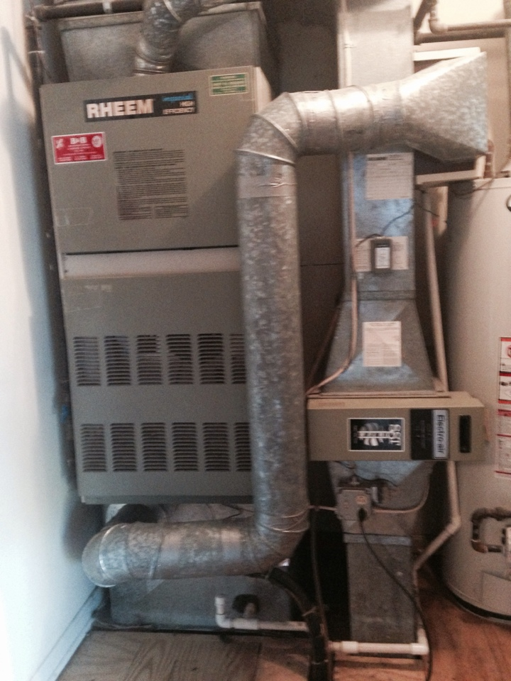 Crofton, MD - Rheem furnace AC heating & air conditioning system replacement installation service call in Crofton Maryland.