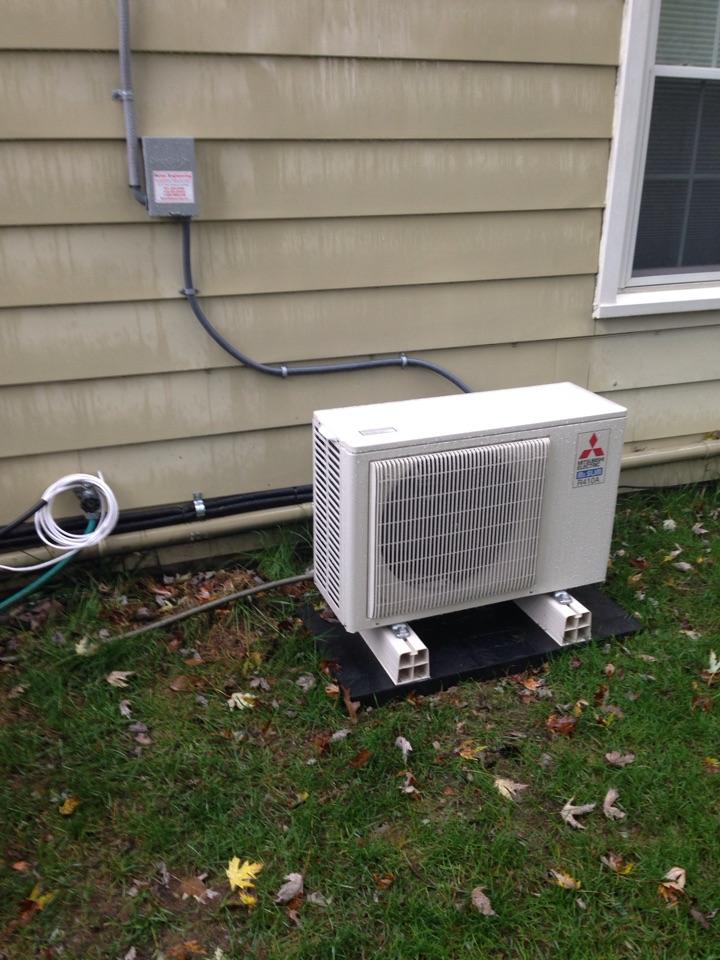 Crofton, MD - Mitsubishi heat pump mini split installation repair service call in Crofton Maryland.