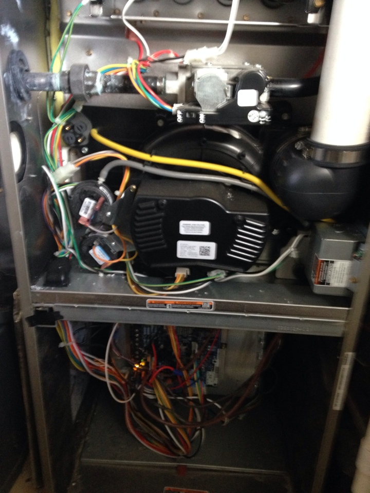 Gambrills, MD - Gambrills Maryland Carrier furnace heating & air conditioning system repair service call.