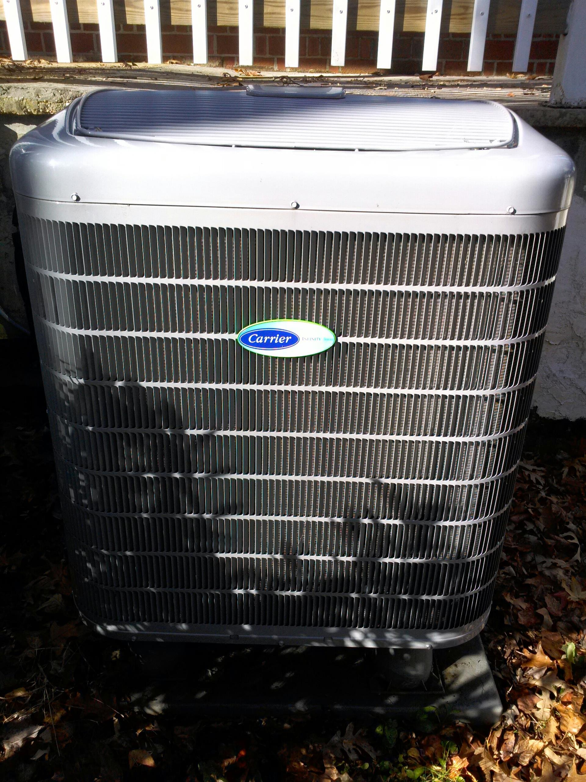 Gambrills, MD - Gambrills Maryland Carrier heat pump heating & air conditioning system repair service call.