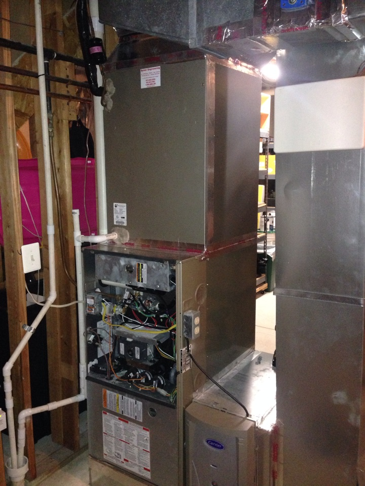 Crownsville, MD - Crownsville MD Carrier furnace heating & AC system replacement installation service call.