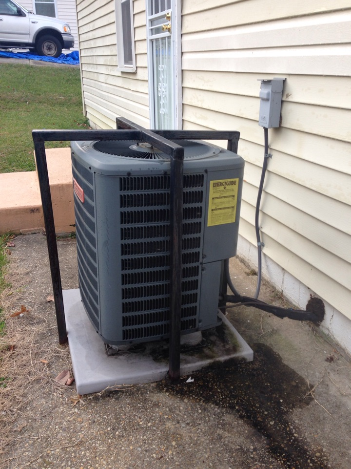 Landover, MD - Goodman AC gas furnace heating & air conditioning system installation repair service call.