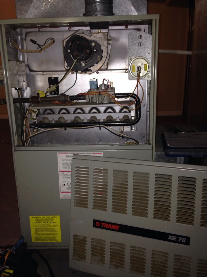 Crofton, MD - Crofton Maryland Trane gas furnace heating system & Aprilaire whole house humidifier replacement installation service call.