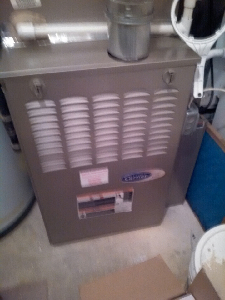 Gambrills, MD - Gas furnace heating & AC system, whole house humidifier & Carrier electronic air filter replacement installation service call in Crofton Maryland 21054