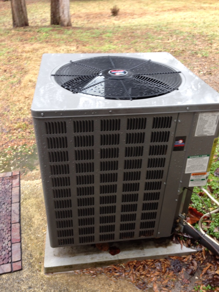 Forestville, MD - Armstrong heat pump furnace heating & AC system, Aprilaire whole house humidifier & Honeywell electronic air cleaner replacement installation repair service call in Forestville Maryland 20747