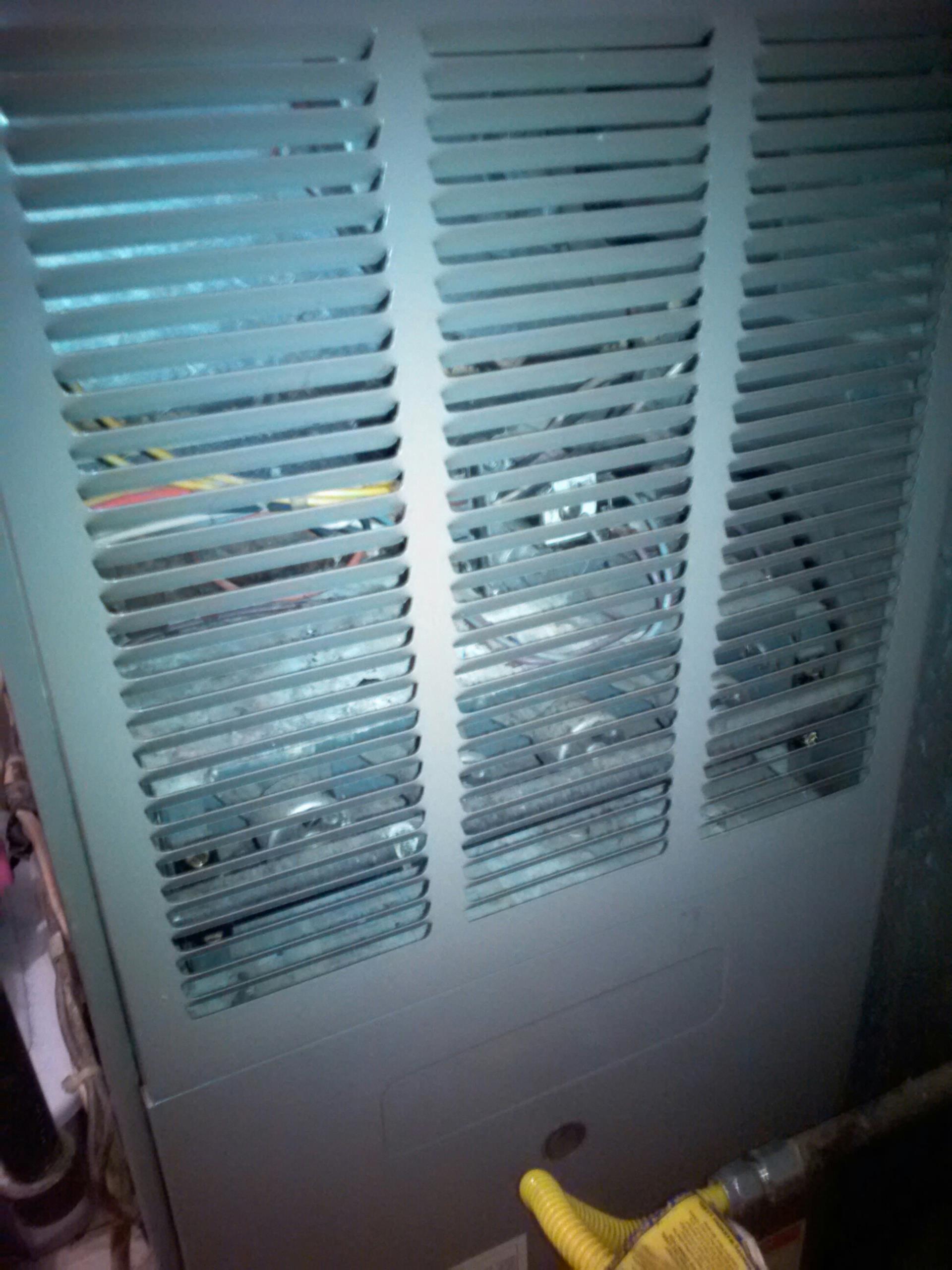 Crofton, MD - Goodman gas furnace heater installation repair service call in Crofton Maryland 21114