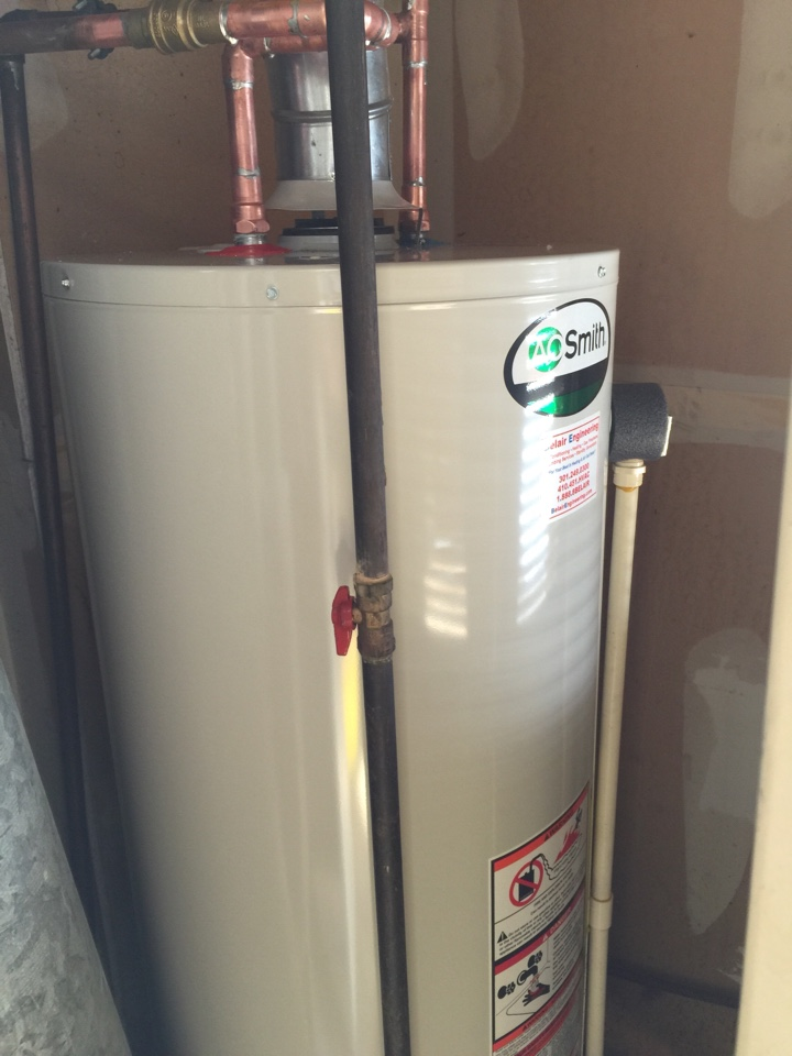 Crofton, MD - Bradford White gas hot water heater replacement installation & plumbing repair service call in Crofton Maryland 21114