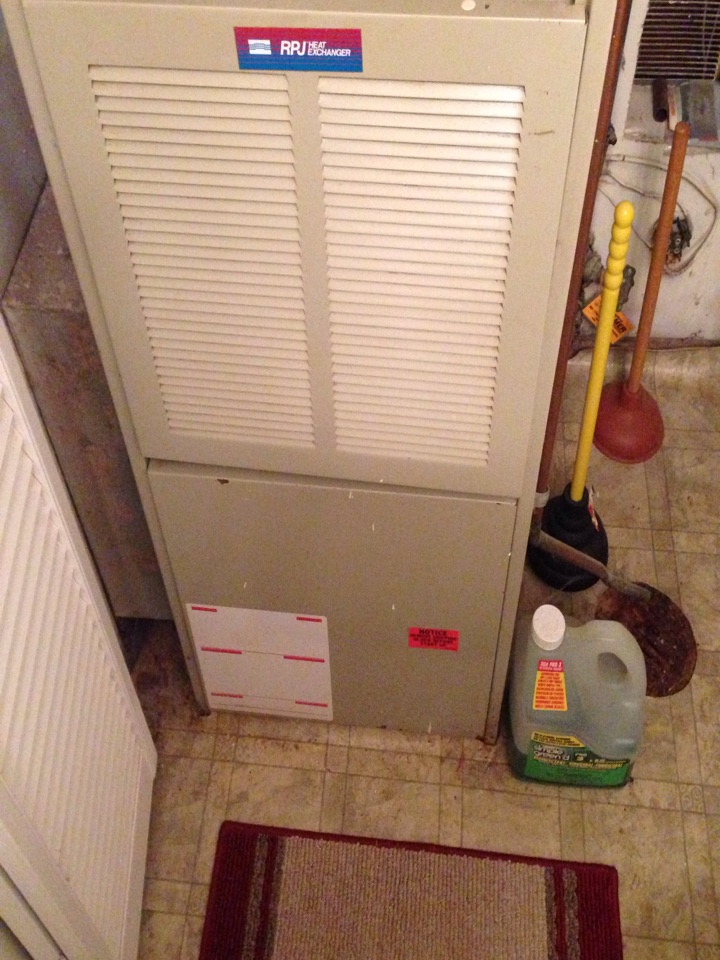 Goddard, MD - Kenmore gas furnace heating & air conditioning system, Aprilaire humidifier & air cleaner replacement installation service call in Goddard Maryland 20706