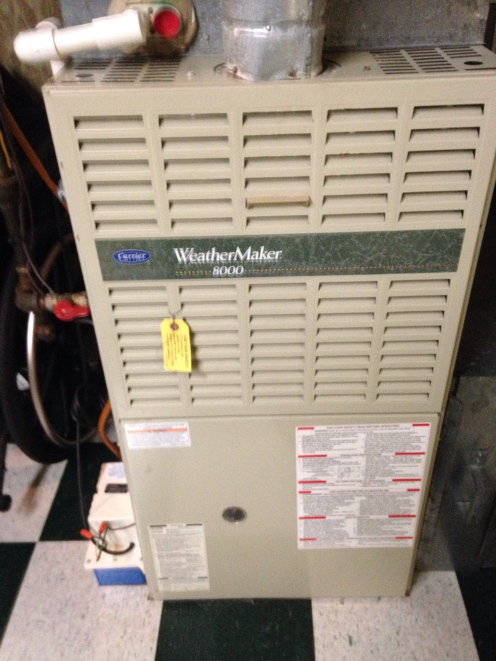 Crofton, MD - Carrier gas furnace heating & A/C HVAC system, Aprilaire humidifier & Honeywell electronic air cleaner replacement installation & plumbing repair service call in Crofton MD