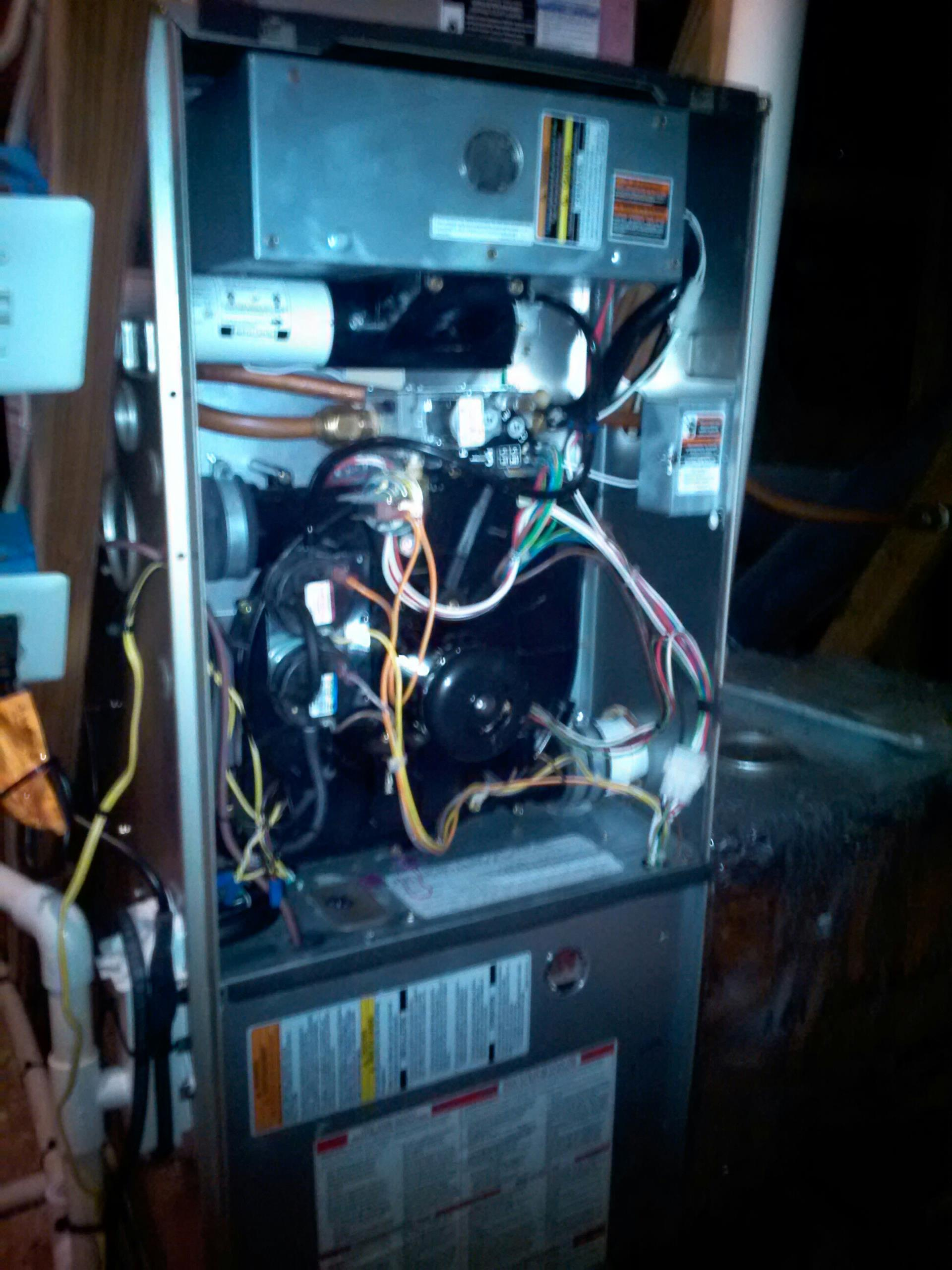 Crownsville, MD - ac air conditioner repair service call in Crownsville Maryland 21032