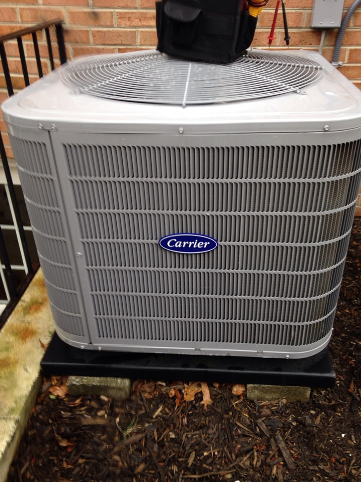 Crofton, MD - Carrier A/C air conditioning system installation repair service call in Crofton Maryland 21114
