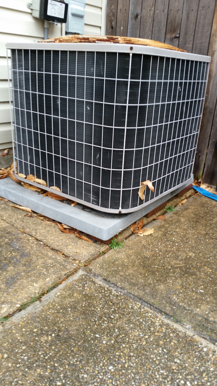 Crofton, MD - A/C air conditioner & cooling system maintenance repair service call in Crofton Maryland 21114