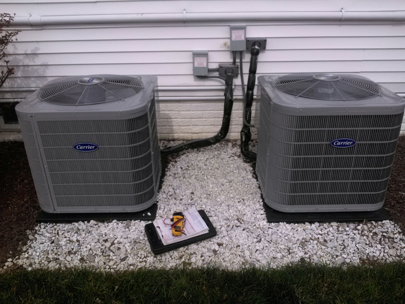 Gambrills, MD - Carrier ac air conditioner & cooling system installation repair service call in Gambrills Maryland 21054