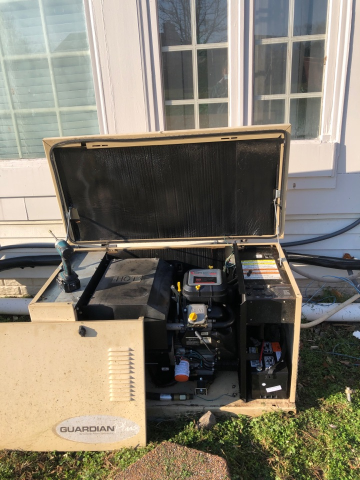 Cheltenham, MD - Generator repairs replacement of new battery and red battery terminal