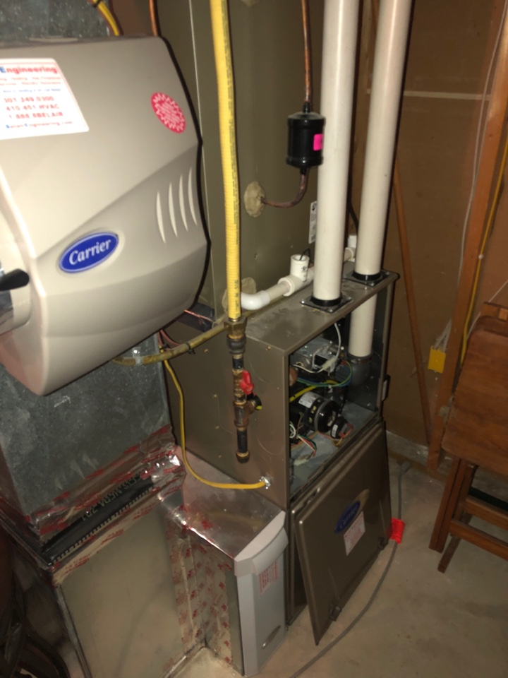 Laurel, MD - Carrier 90% Gas Furnace repair service w/ Bypass Humidifier and Media Filtration