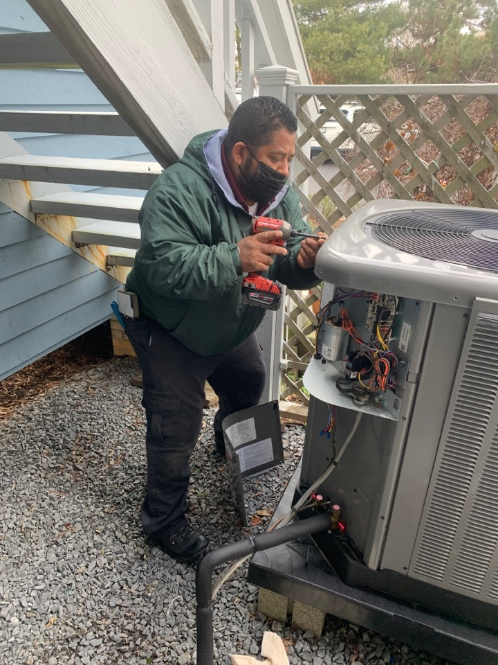 Chesapeake Beach, MD - Heat pump system repair
