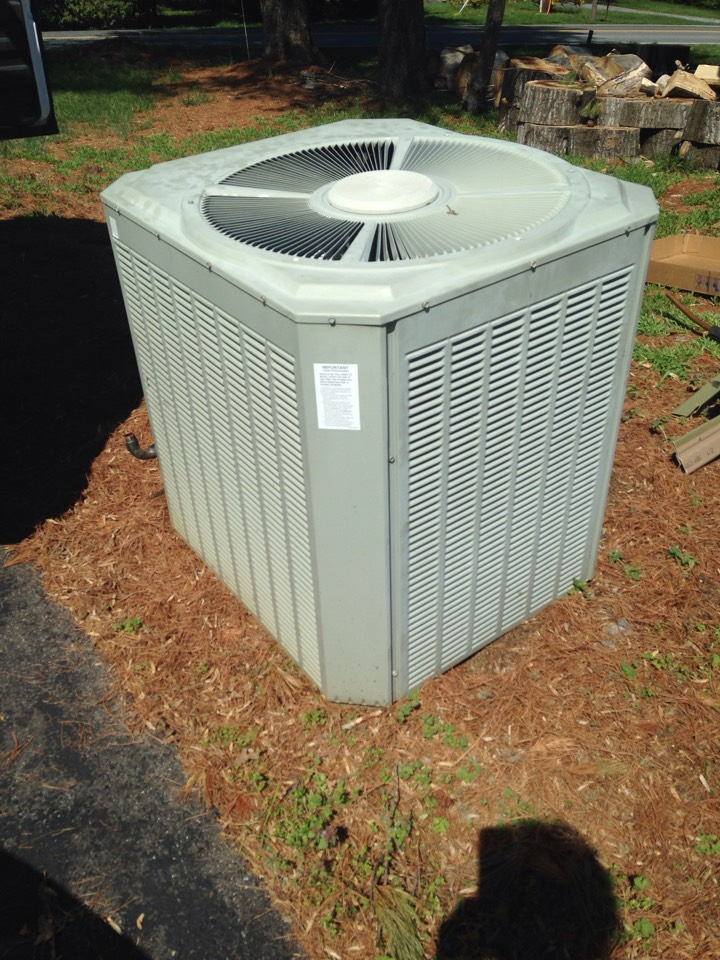 Gambrills, MD - Trane heat pump A/C air conditioning & heating system replacement installation in Gambrills Maryland 21054